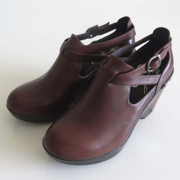 f26cca10dd Dansko Shoes - Dansko Franka brandy strap wedge shoes 36 6
